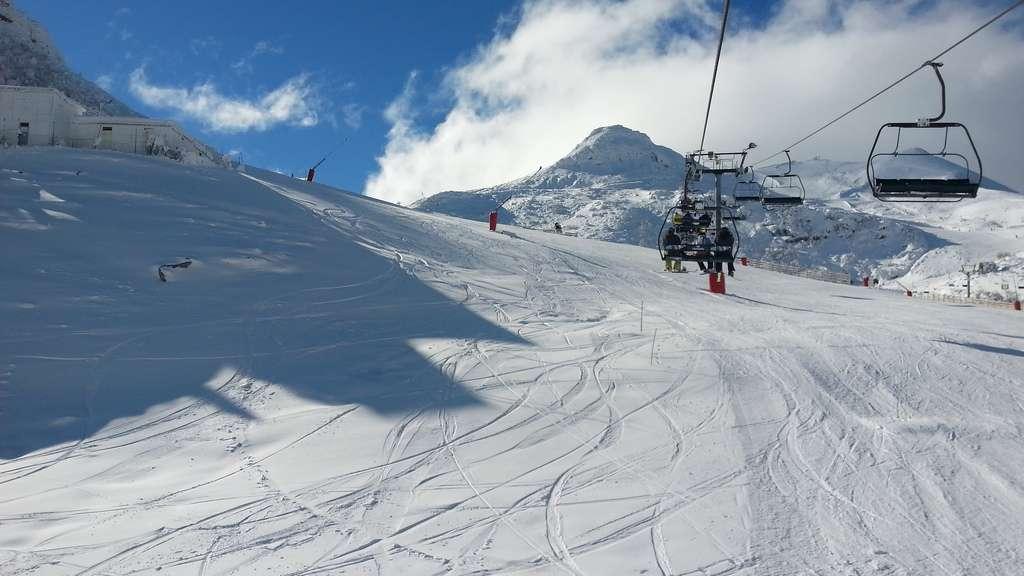 Comienza el esquí nocturno en Valgrande Pajares