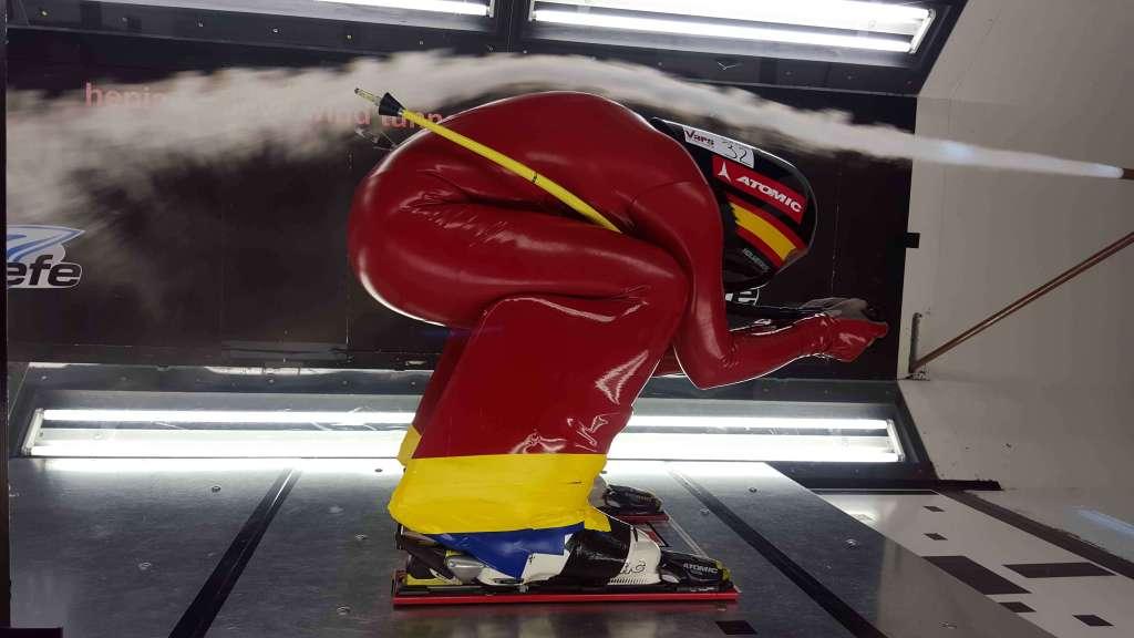 Ricardo Adarraga, 'a 250 km/h' en el túnel de viento de Ginebra