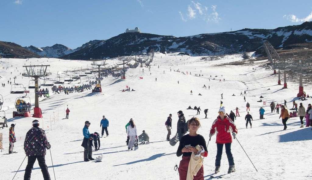 Sierra Nevada repetirá el próximo sábado las 12 horas de esquí ininterrumpidas