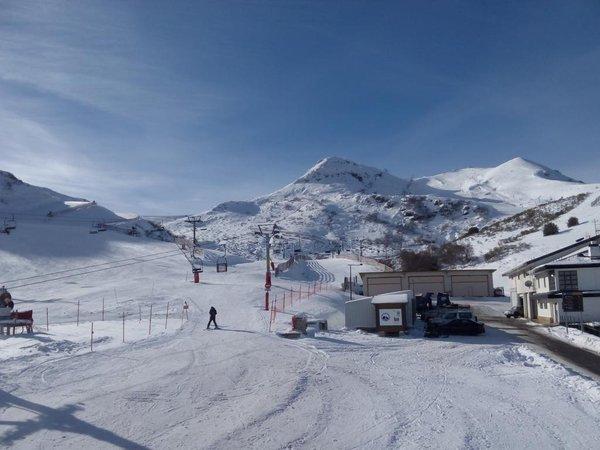 Valgrande-Pajares y SabadellHerrero apuestann por la práctica segura del esquí