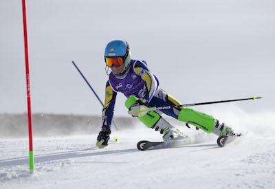 La primera jornada de la Copa de Andalucía arranca con más de 100 esquiadores