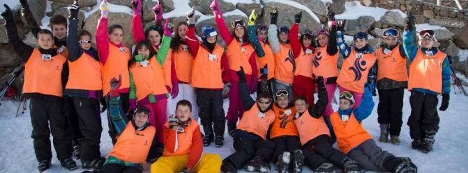 Los primeros grupos de escolares ya han disfrutado de la nieve en La Covatilla
