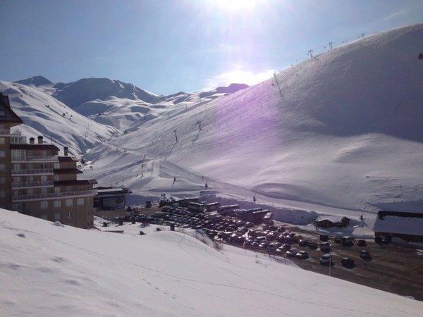 Los titulares del abono de temporada esquiarán gratis en Astún