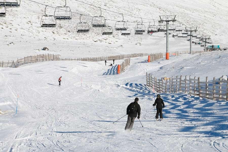 León y Asturias negociarán un abono anual conjunto para la próxima temporada