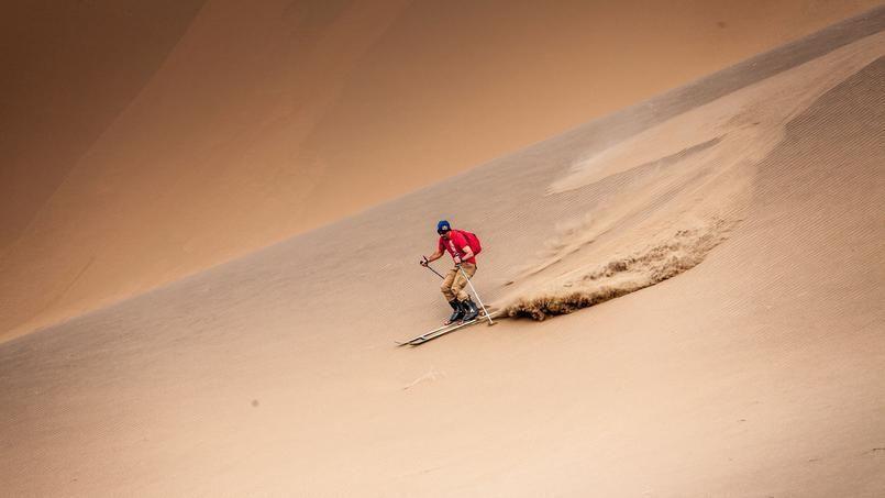 VÍDEO: Luc Alphand esquía en el desierto del Gobi