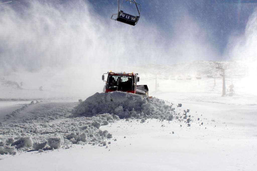 La nieve ha acudido a la cita con Sierra Nevada