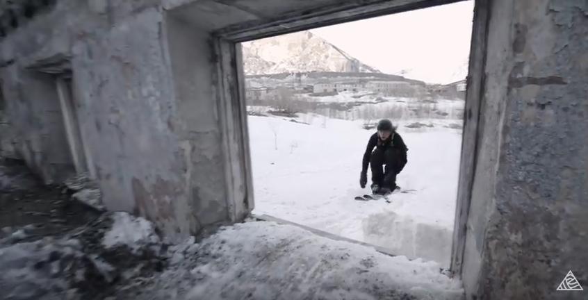 VÍDEO: 'Pleasure', locura urbana de freestyle en la Rusia más gélida