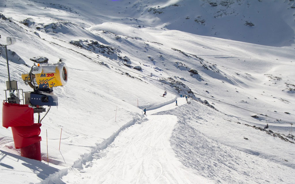 Sierra Nevada, Formigal y Cerler, los destinos más demandados por los esquiadores