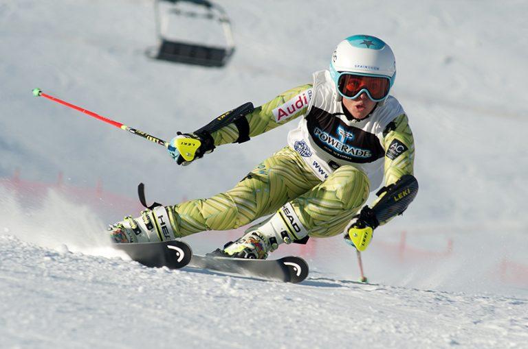 Los equipos de esquí alpino de la RFEDI, en el Memorial Albert Pardo en La Molina