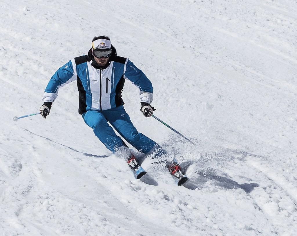 Tecnica esqui en continuo movimiento 1