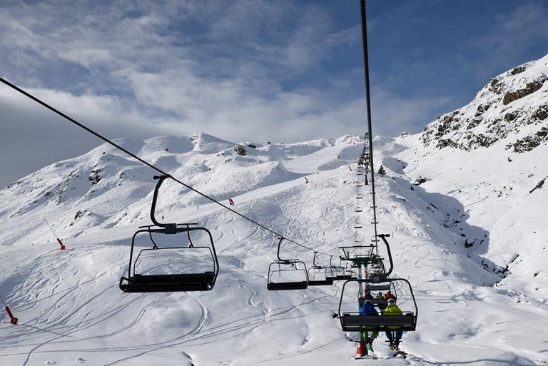 Las estaciones de Aramón triplican los kilómetros esquiables