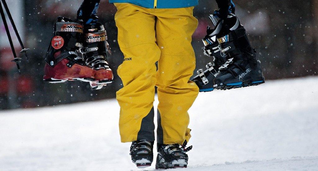 la dureza de las botas de esquí