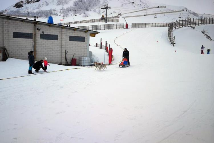 Fuentes de Invierno y Valgrande-Pajares registran una gran afluencia durante el fin de semana