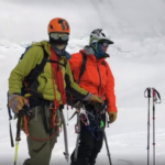 Sancionados por esquiar en el Everest