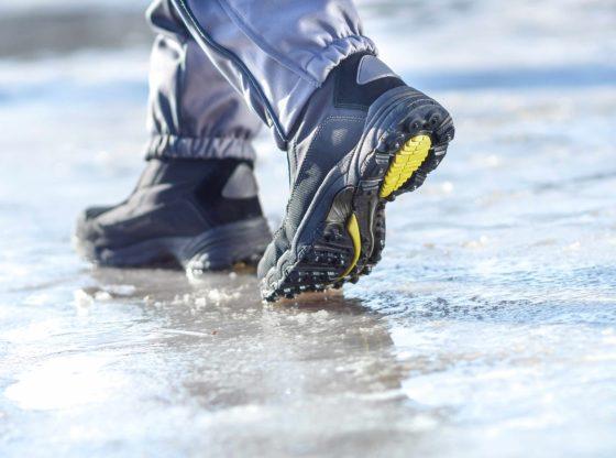 Cómo caminar sobre hielo y no resbalar