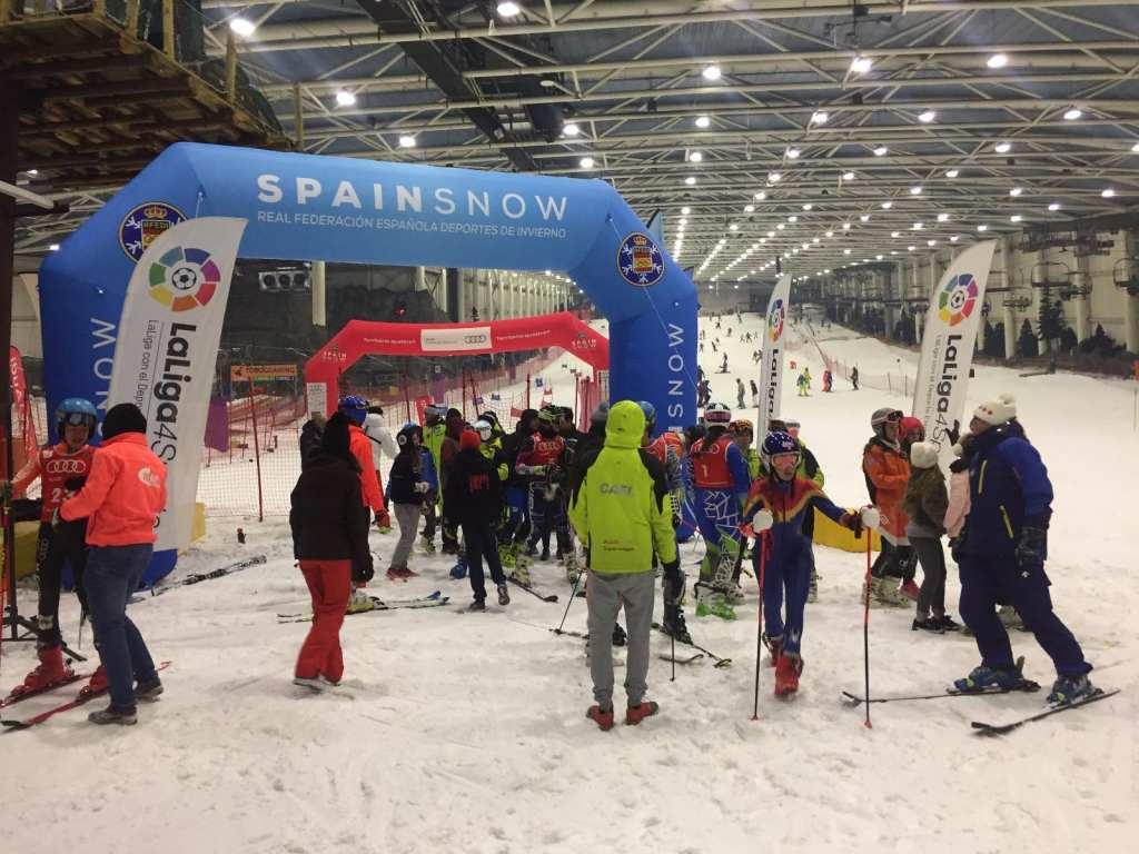 Apertura de la Copa de España Audi U16 de esquí alpino