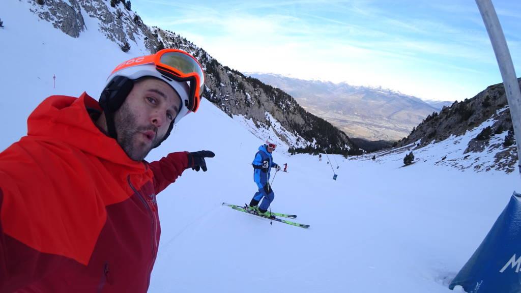 esquiar en el puente en Masella