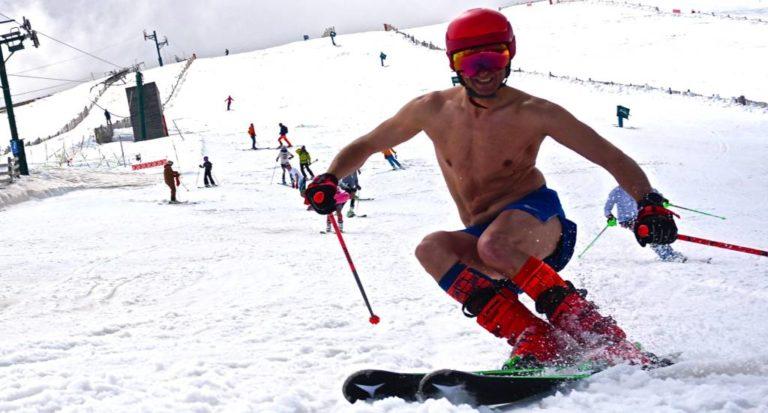 Masella … esquiar en bañador.