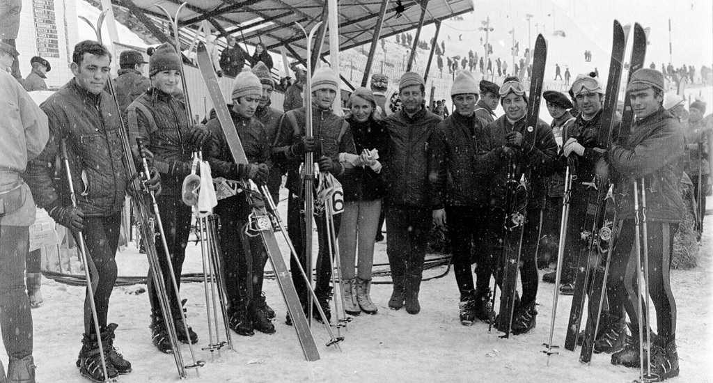libro historia deportes de nieve España