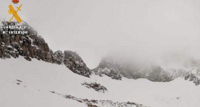 Joven esquiadora herida por un alud cerca del Aneto