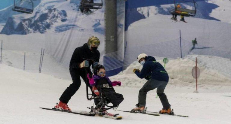 Un día mágico en Madrid SnowZone con los niños de la Fundación También