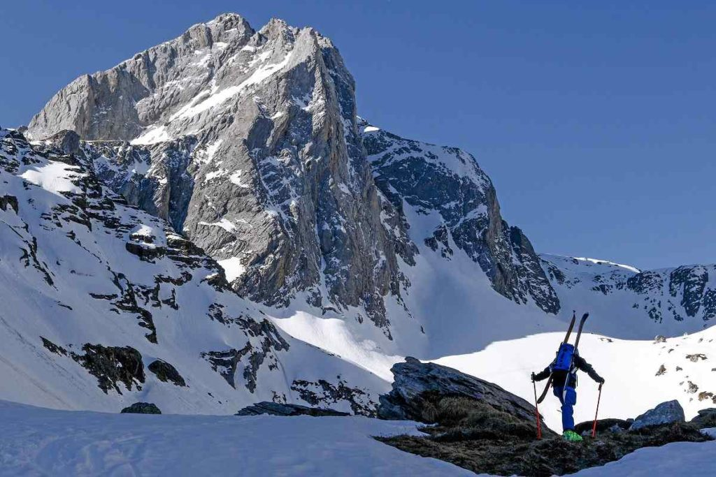 Esquiar-cuando-cierran-remontes_20