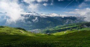 Prendas imprescindibles para unas vacaciones en la montaña