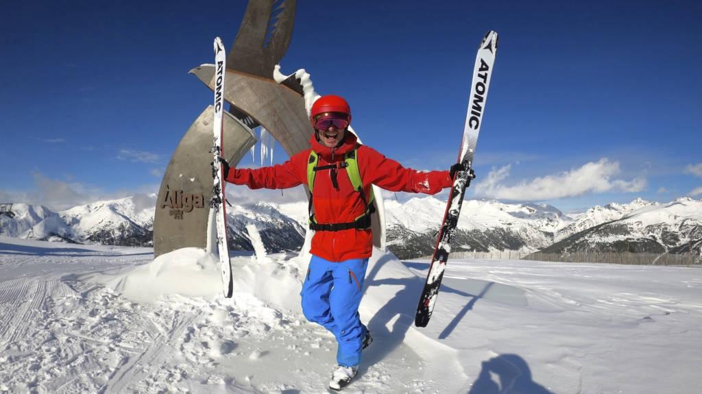 El esquí de montaña es un gran aliado a la hora de alcanzar una buena forma física para esquiar.