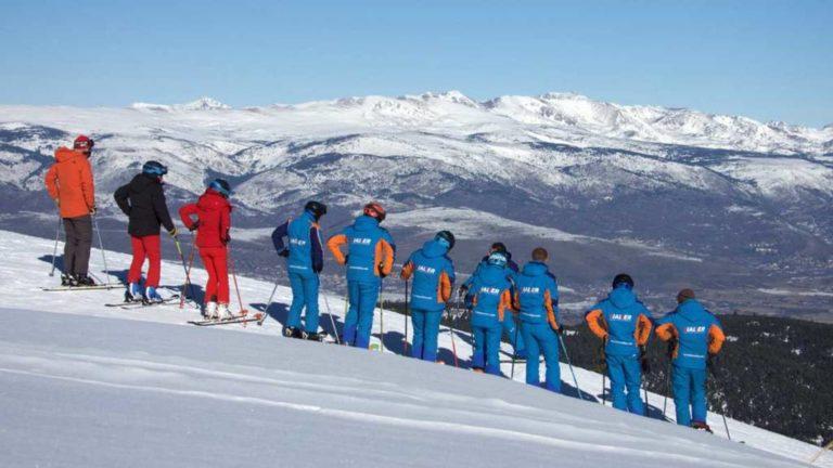 Qué necesitamos para ser profesor de esquí
